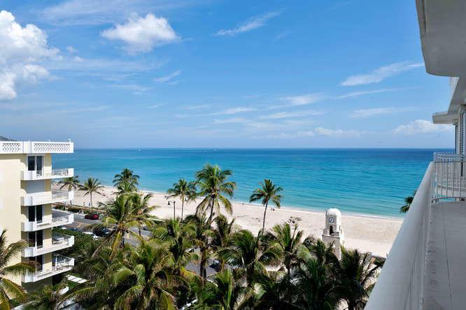 100 Worth Avenue #ph7 Palm Beach, FL 33480