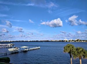 Fabulous direct east view of the intracoastal, with South Palm Beach on the other side.