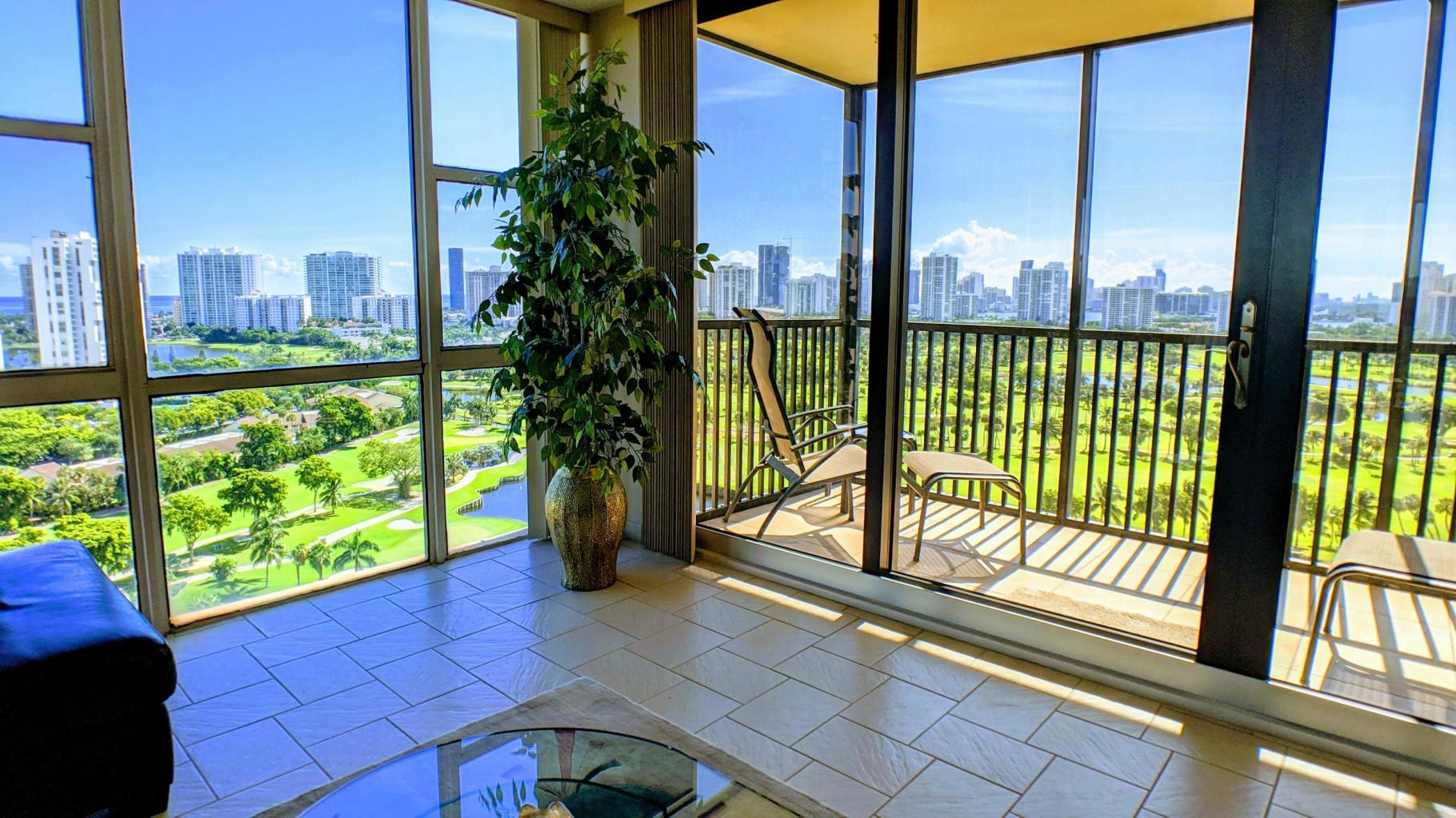 20379 Country Club Drive, Aventura, Florida 33180, 2 Bedrooms Bedrooms, ,2 BathroomsBathrooms,Residential,For Sale,Country Club,RX-10602533