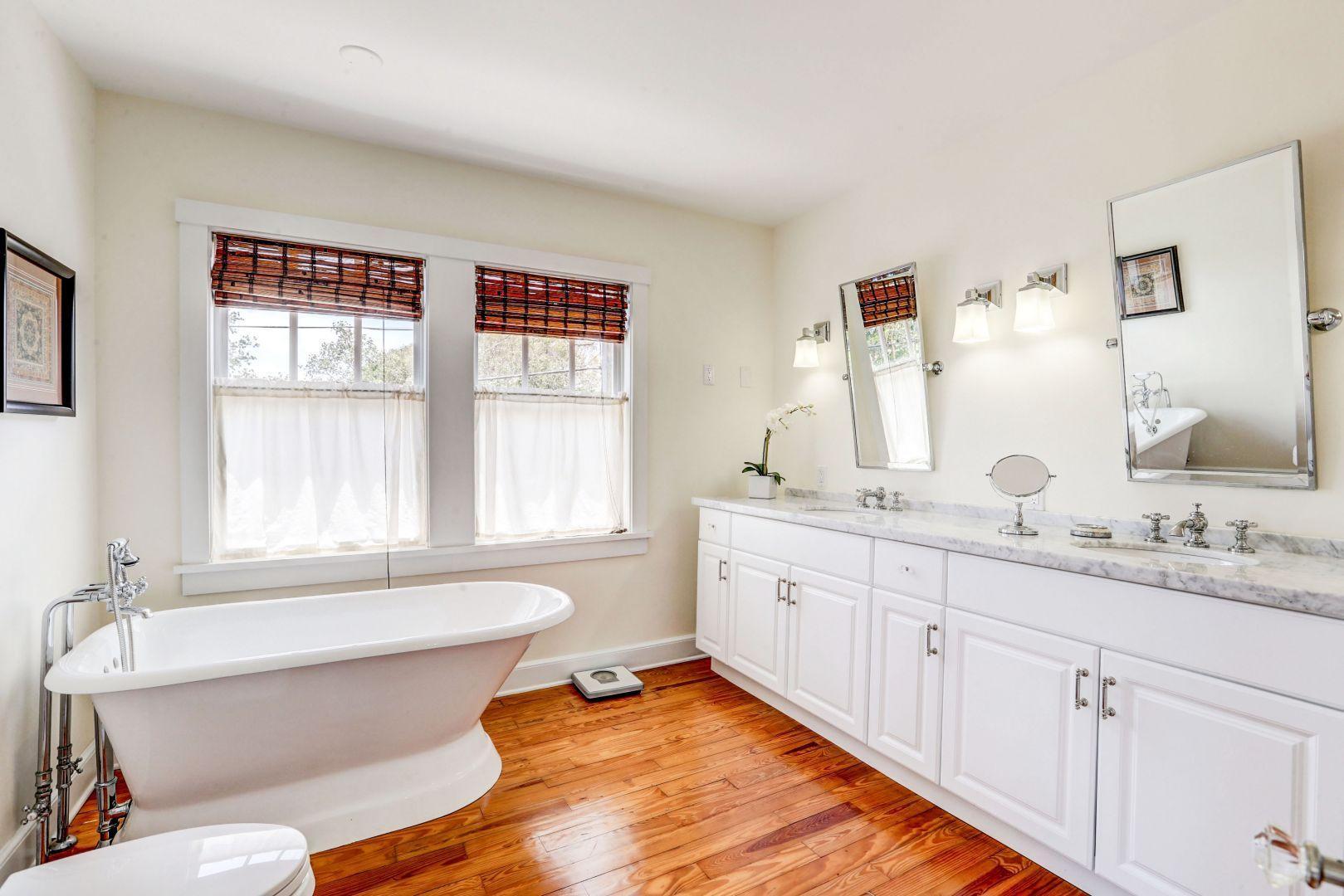 1805 Florida Avenue, West Palm Beach, Florida 33401, 6 Bedrooms Bedrooms, ,4 BathroomsBathrooms,Single Family,For Rent,Florida,RX-10602601
