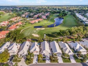 10 Windsor Lane, Palm Beach Gardens, FL 33418