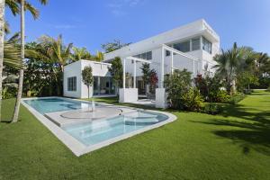 111 Atlantic Avenue, Palm Beach, FL 33480