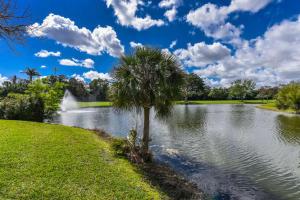 11068 Highland Circle, Boca Raton, FL 33428