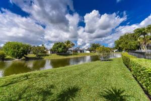 11068 Highland Circle Boca Raton FL 33428