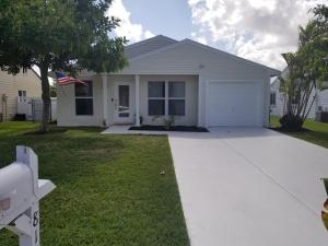 8140 Cedar Hollow Lane, Boca Raton, FL 33433