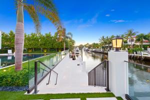 239 W Coconut Palm Road Boca Raton FL 33432