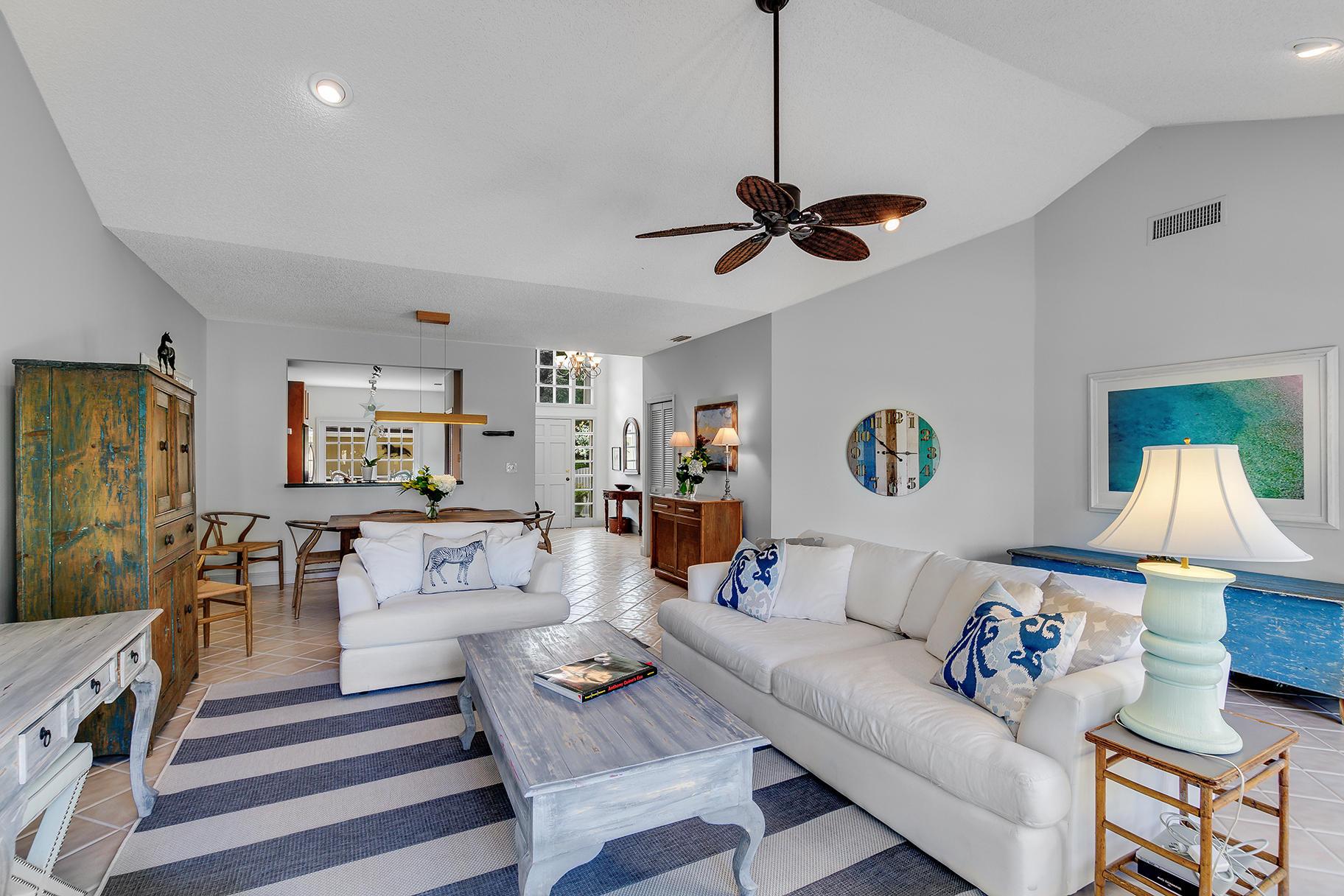 Wellington, Florida 33414, 3 Bedrooms Bedrooms, ,3 BathroomsBathrooms,Residential,For Sale,Muirfield,RX-10603167