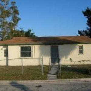 1197 W 32nd Street, Riviera Beach, FL 33404