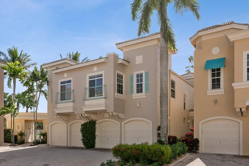302 Resort Lane, Palm Beach Gardens, Florida 33418, 3 Bedrooms Bedrooms, ,2.1 BathroomsBathrooms,Townhouse,For Sale,PGA National,Resort,RX-10602977
