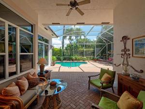 445 Pine Tree Court Atlantis FL 33462