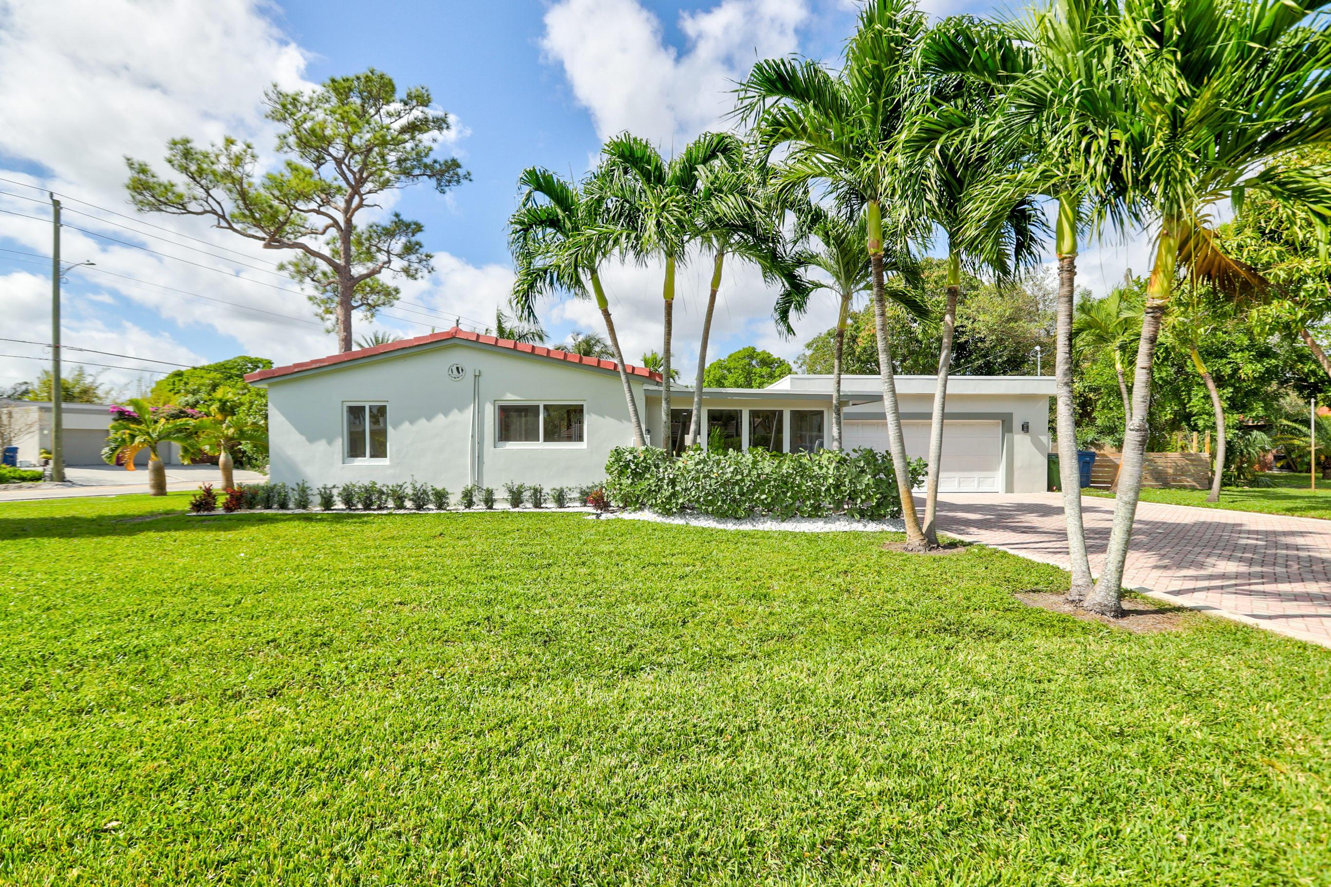 43 NE 26 Street Wilton Manors FL 33305