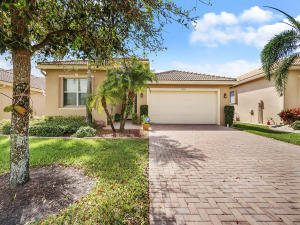 9678 Sail Palm Court, Boynton Beach, FL 33473