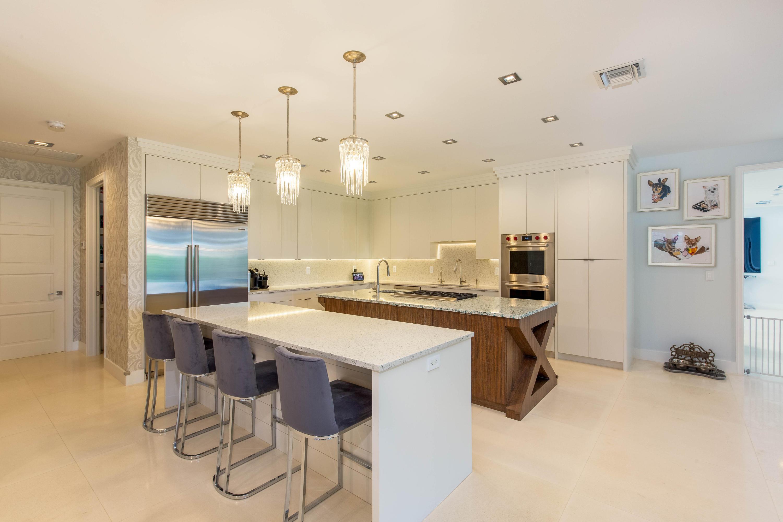 Wellington, Florida 33414, 5 Bedrooms Bedrooms, ,5 BathroomsBathrooms,Residential,For Sale,Maidstone,RX-10604323