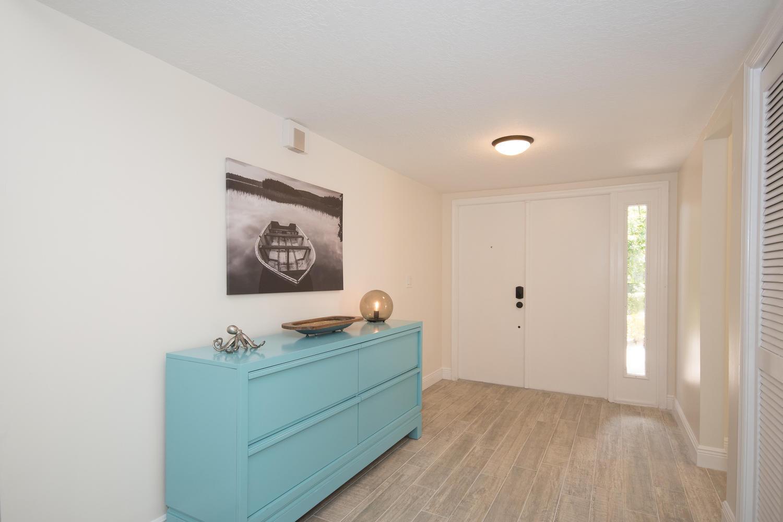 Wellington, Florida 33414, 3 Bedrooms Bedrooms, ,3 BathroomsBathrooms,Rental,For Rent,Pond View,RX-10606665