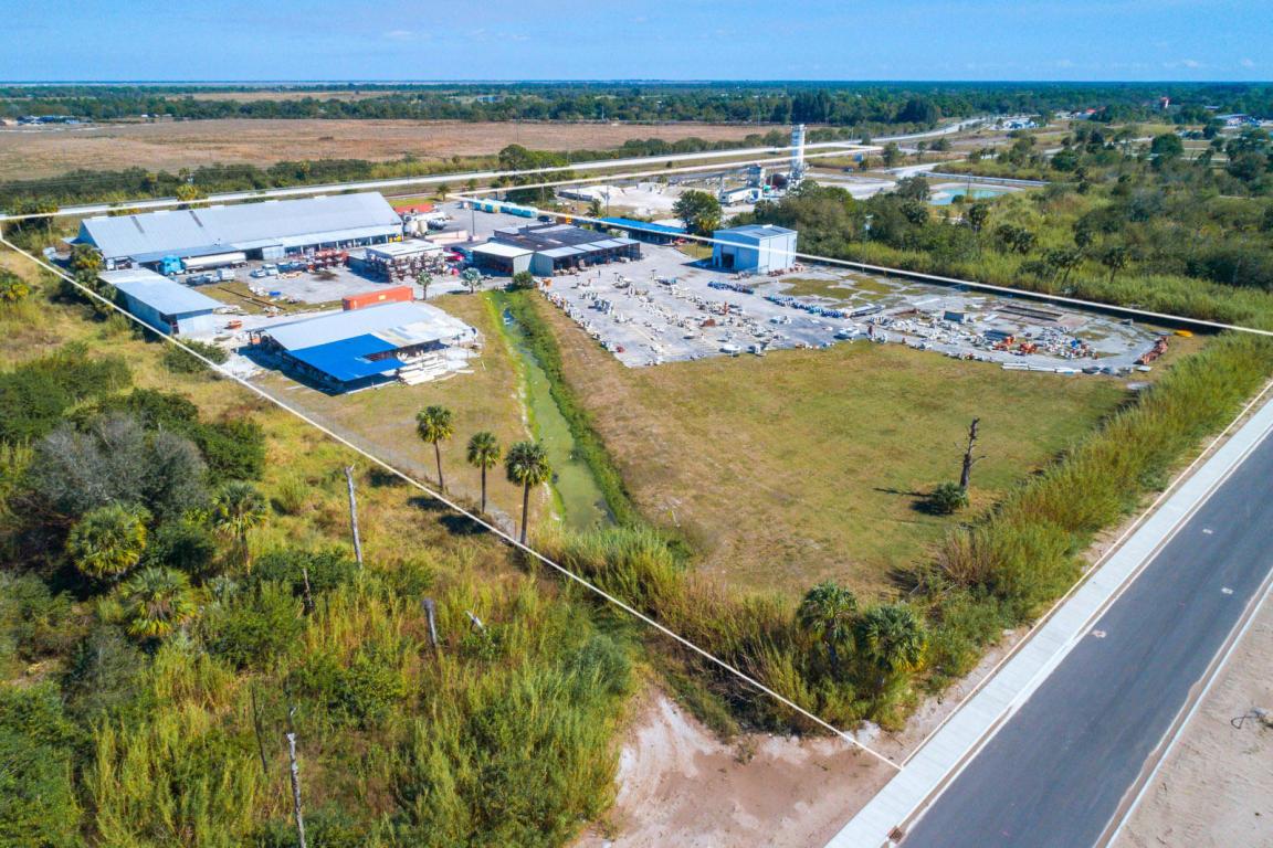 Photo of 17250 SW Railroad Avenue, Indiantown, FL 34956