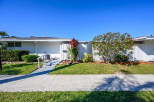 95 East Court, Royal Palm Beach, FL 33411
