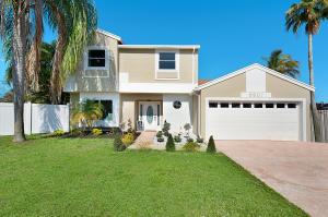 9907 Moss Pond Drive Boca Raton FL 33496