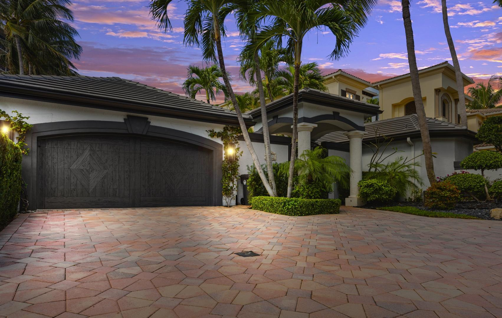 Photo of 1005 Grand Court, Highland Beach, FL 33487