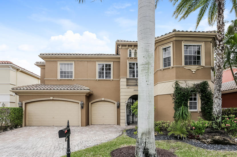 Photo of 16259 Bristol Pointe Drive, Delray Beach, FL 33446