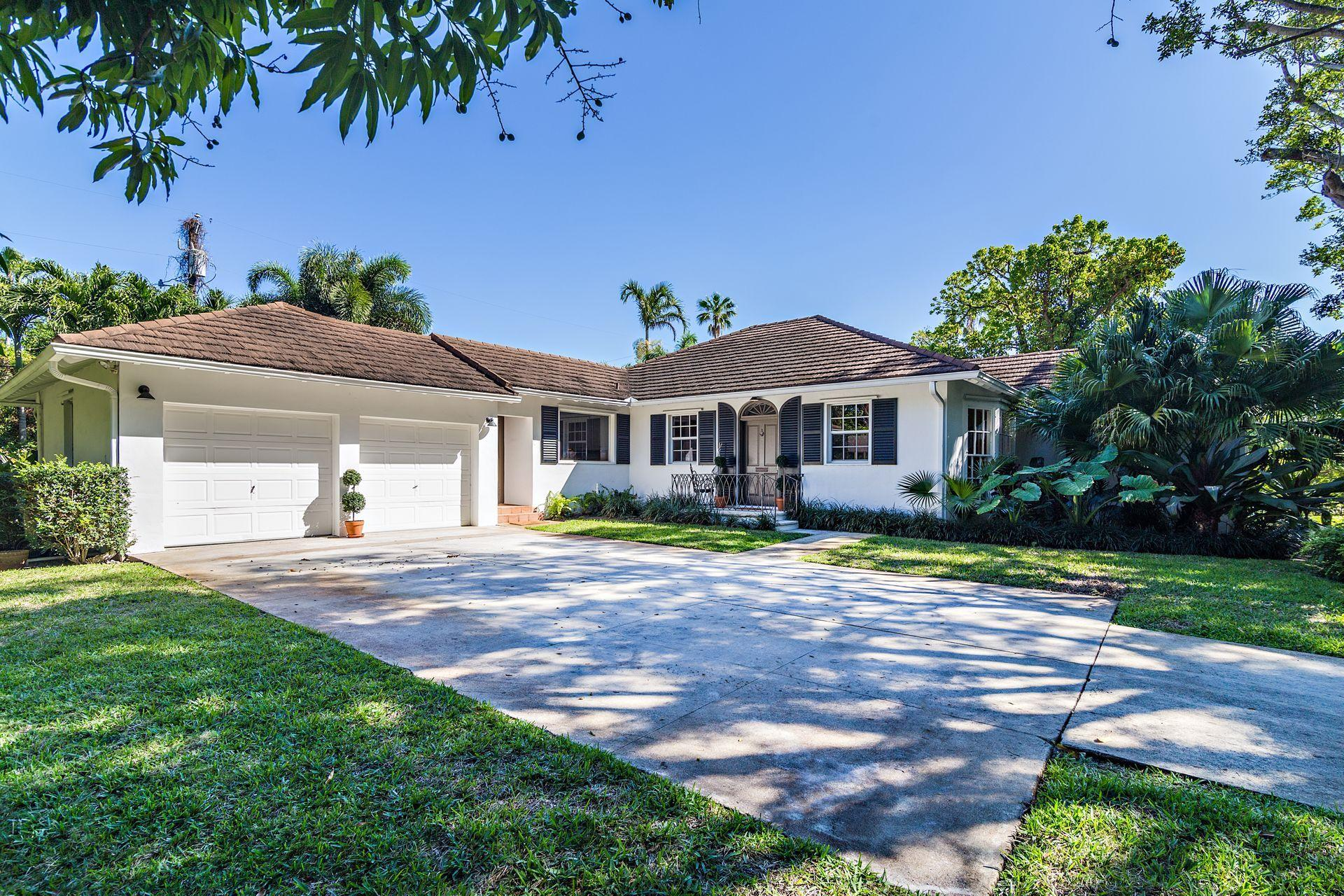 3034 Vincent Road West Palm Beach, FL 33405