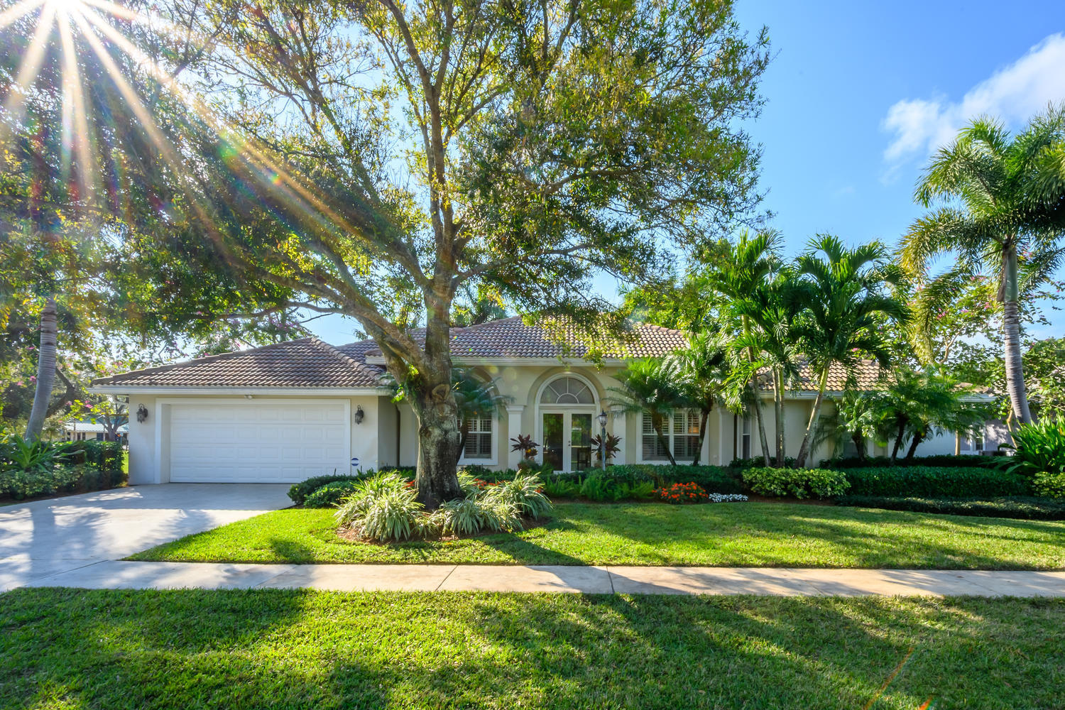 2718 Yarmouth Drive, Wellington, Florida 33414, 4 Bedrooms Bedrooms, ,2 BathroomsBathrooms,Single Family,For Sale,Yarmouth,RX-10606156