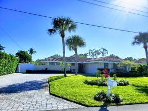 12 Leeward Circle, Tequesta, FL 33469