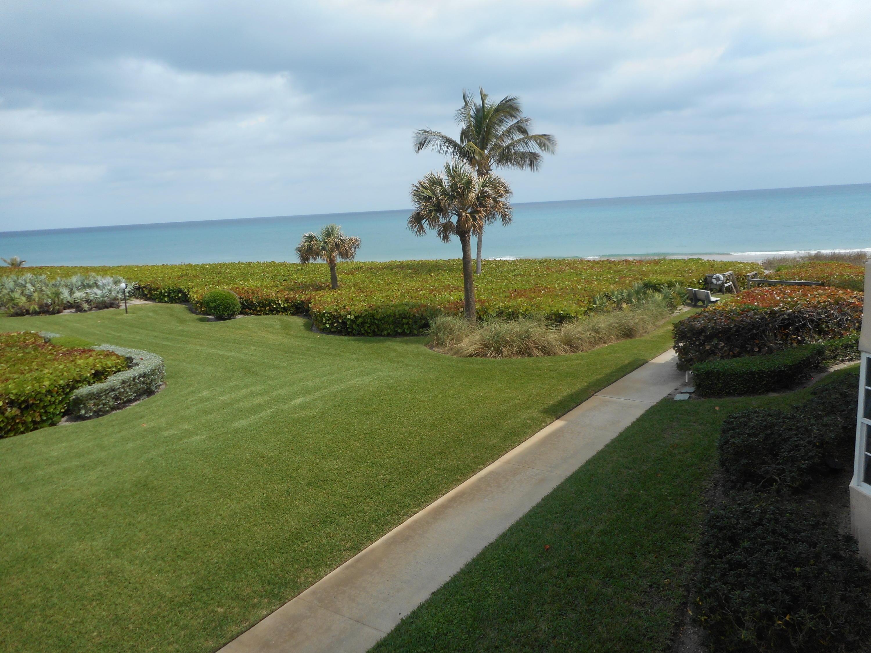 Private Beachwalk