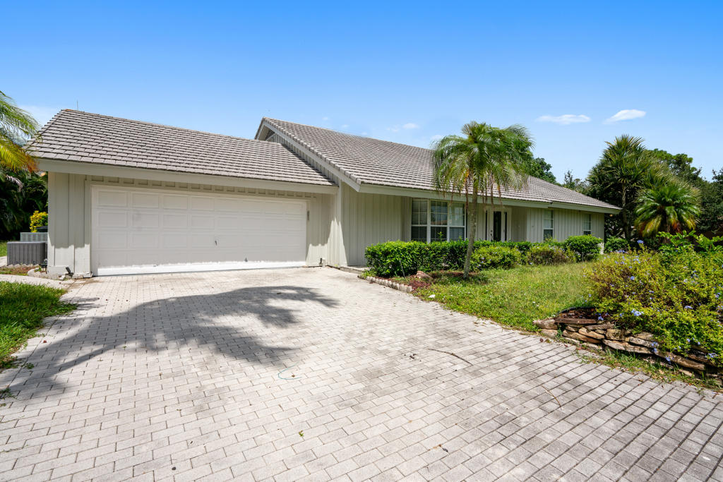 Photo of 7699 Estrella Circle, Boca Raton, FL 33433