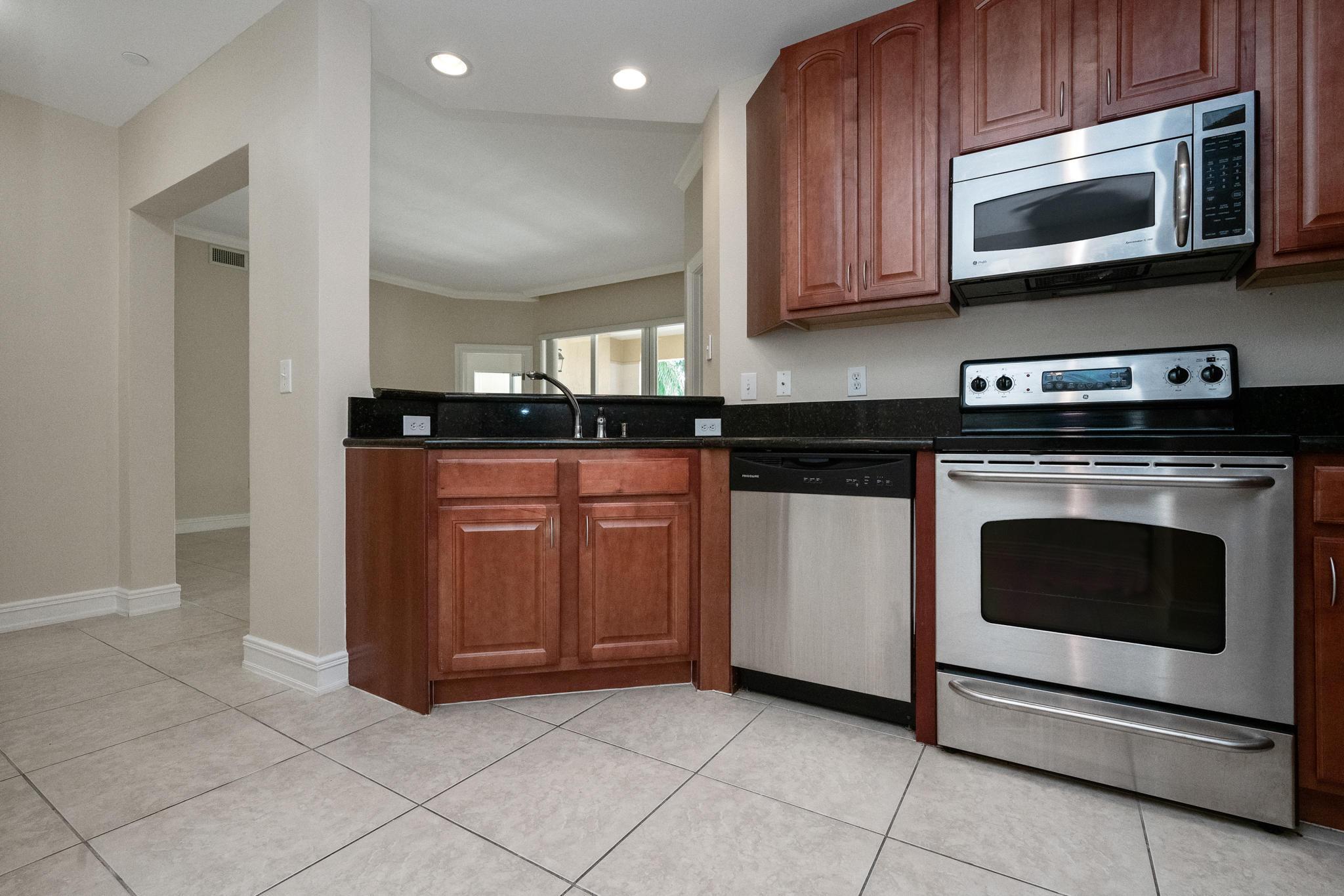 Image 7 For 16100 Emerald Estates Drive 390