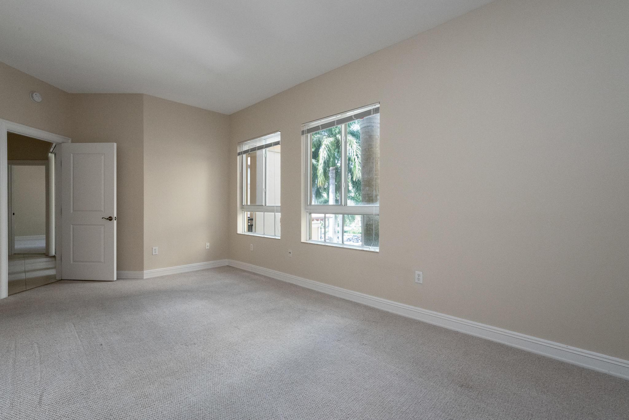 Image 13 For 16100 Emerald Estates Drive 390