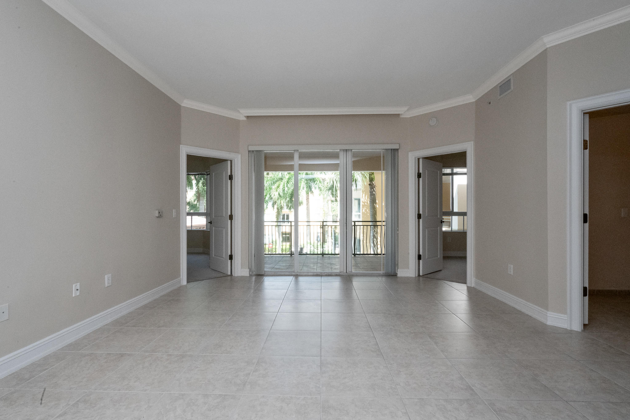 Image 19 For 16100 Emerald Estates Drive 390