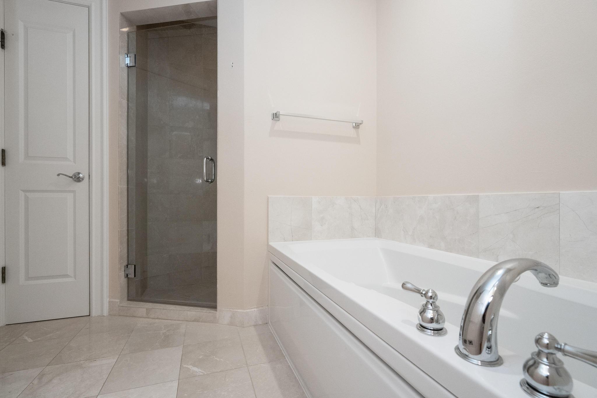 Image 25 For 16100 Emerald Estates Drive 390