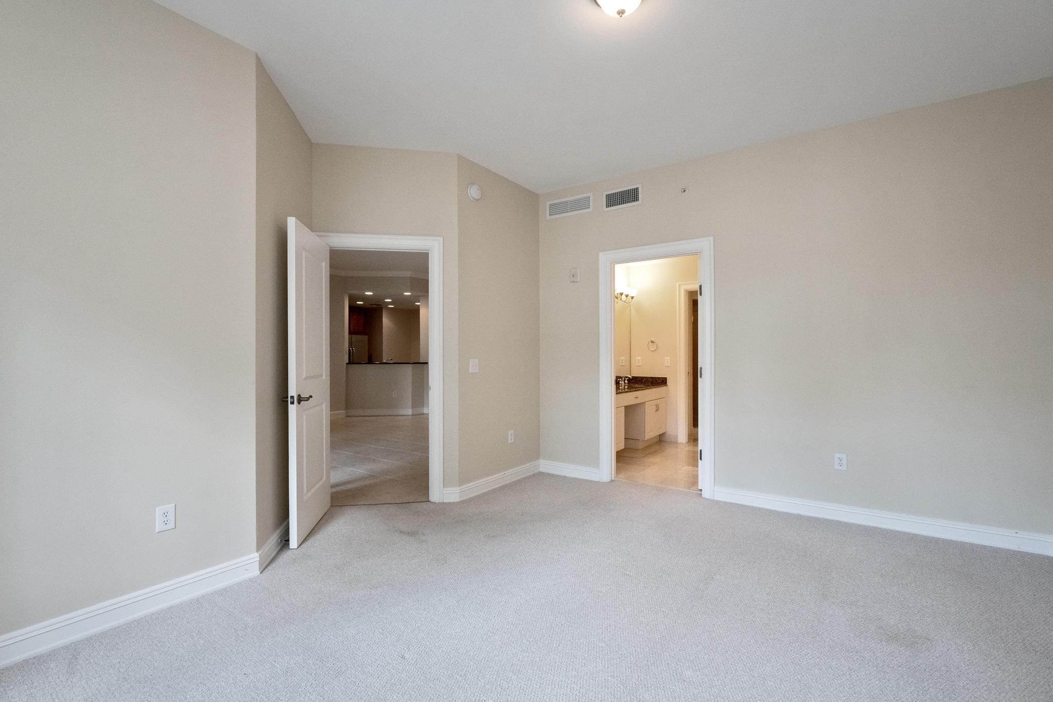 Image 27 For 16100 Emerald Estates Drive 390