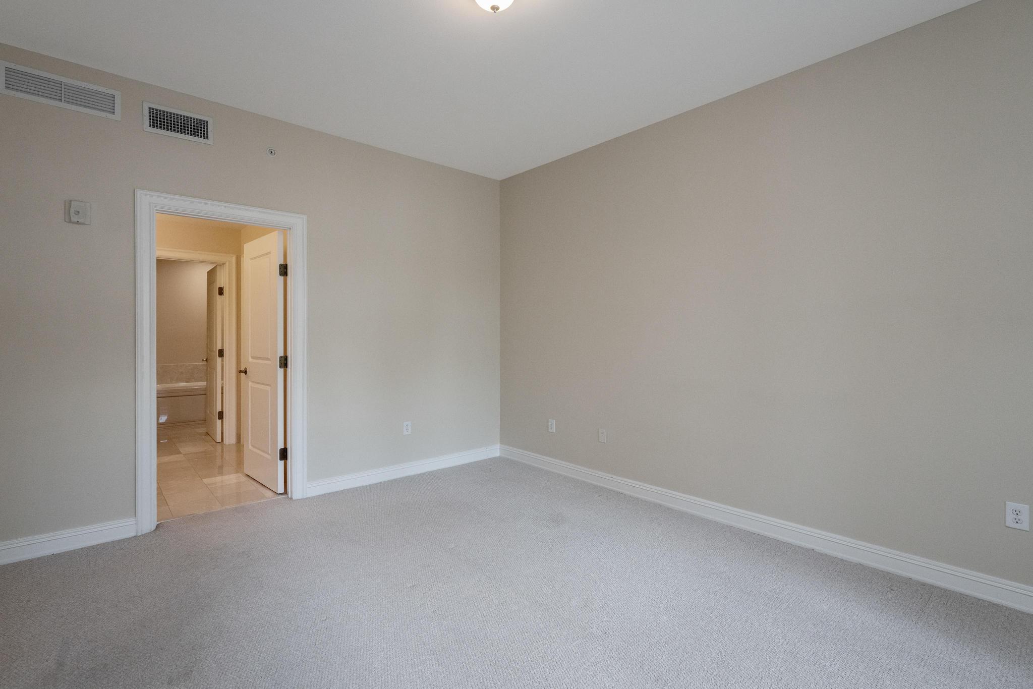 Image 28 For 16100 Emerald Estates Drive 390