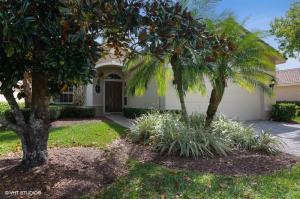 7236 Maidstone Drive, Port Saint Lucie, FL 34986