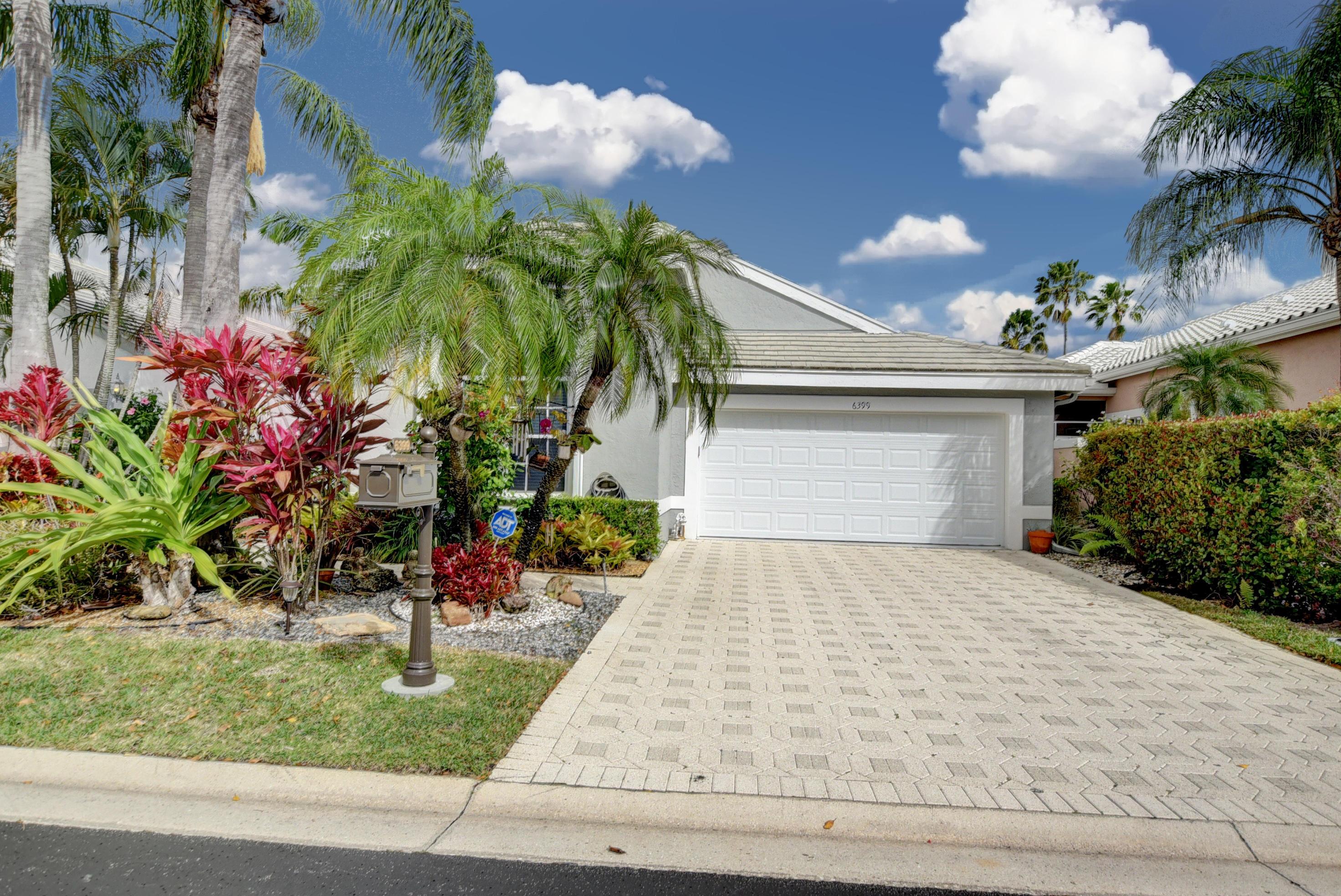 6399 Three Lakes Lane  Boynton Beach FL 33437