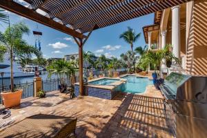 812 Glouchester Street Boca Raton FL 33487