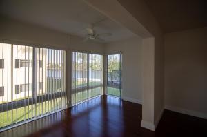 4 Colonial Club Drive, 200, Boynton Beach, FL 33435