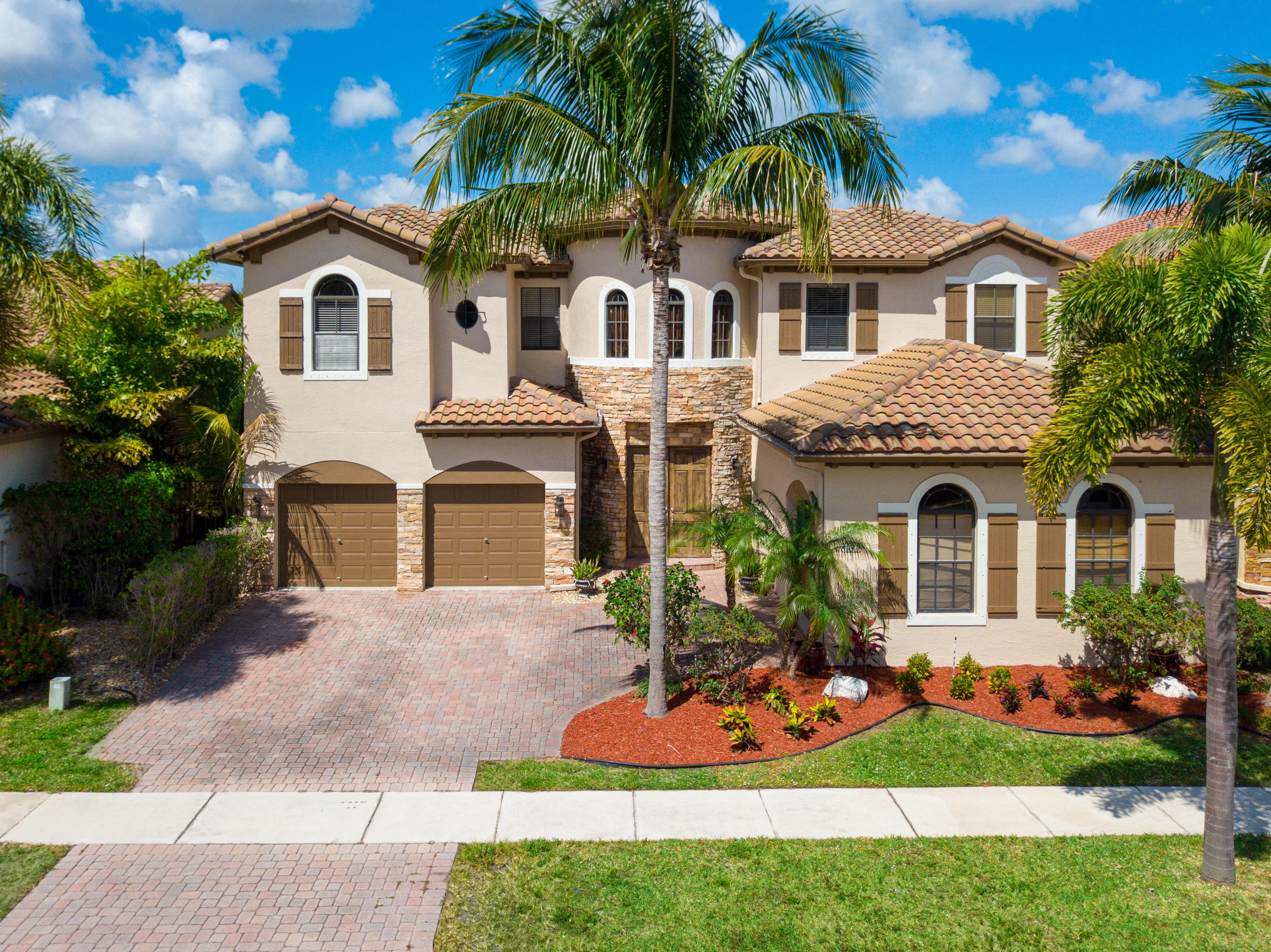 Home for sale in Artesa Jonathans Creek Boynton Beach Florida