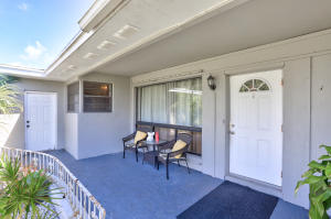 316 Davis Road, Palm Springs, FL 33461