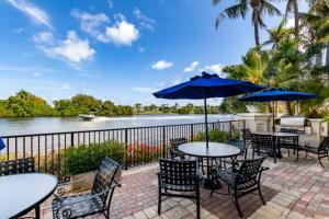 2408 Tuscany Way, Boynton Beach, FL 33435