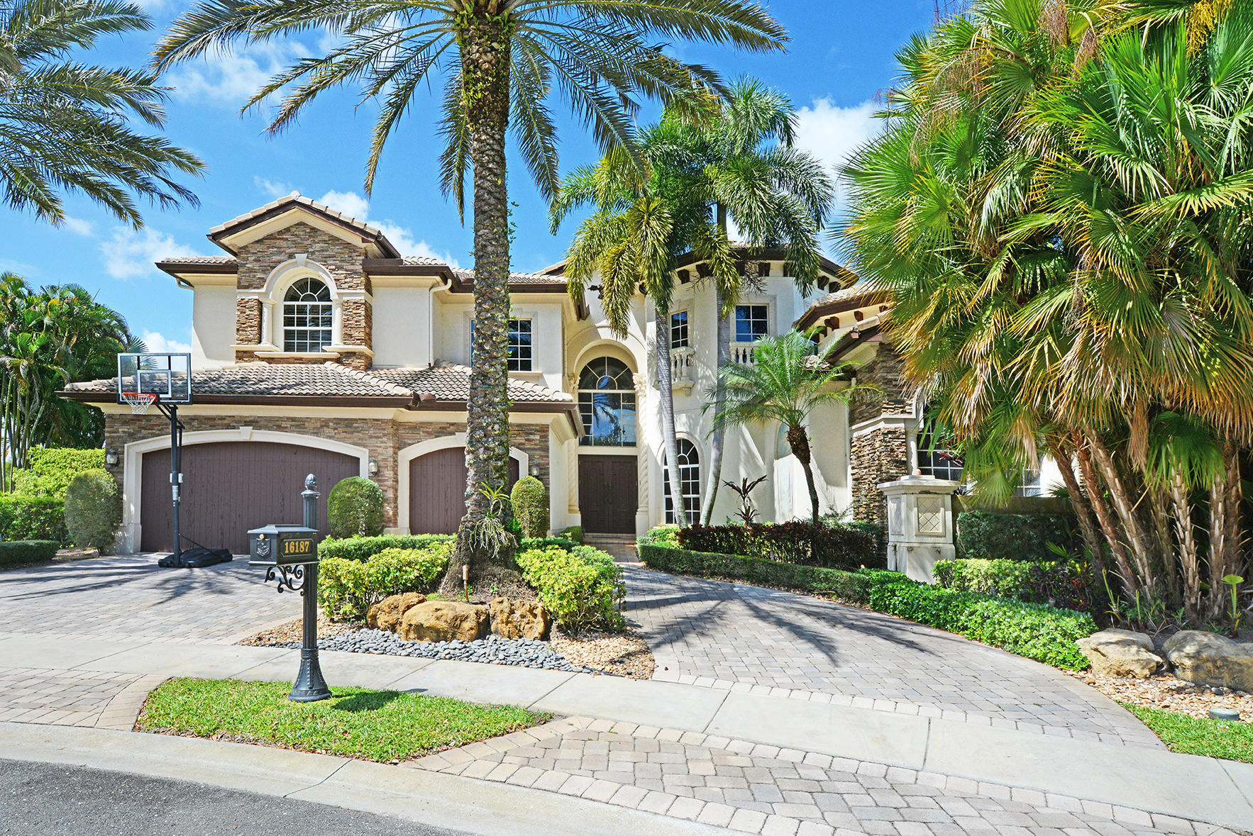Photo of 16187 Andalucia Lane, Delray Beach, FL 33446