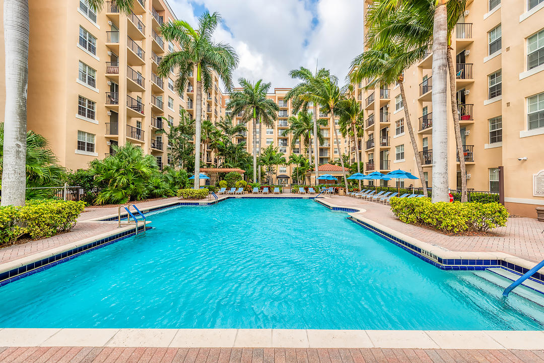 1801 Flagler Drive,West Palm Beach,Florida 33407,2 Bedrooms Bedrooms,2 BathroomsBathrooms,Condo/coop,Flagler,RX-10611280