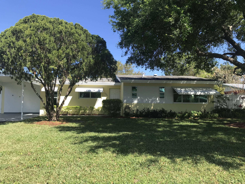733  Alamanda Drive  For Sale 10608586, FL
