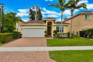 920 Siesta Drive, Haverhill, FL 33415