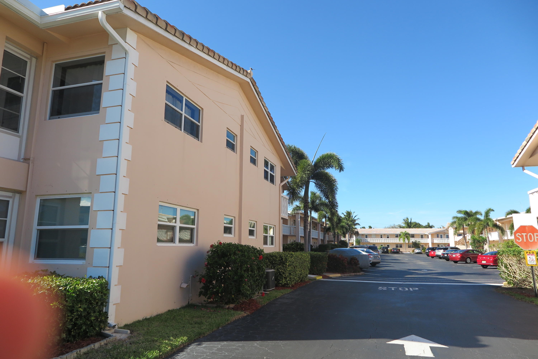 2121 NE 42ND Court #203C Lighthouse Point, FL 33064