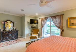 4866 S Lake Drive Boynton Beach FL 33436