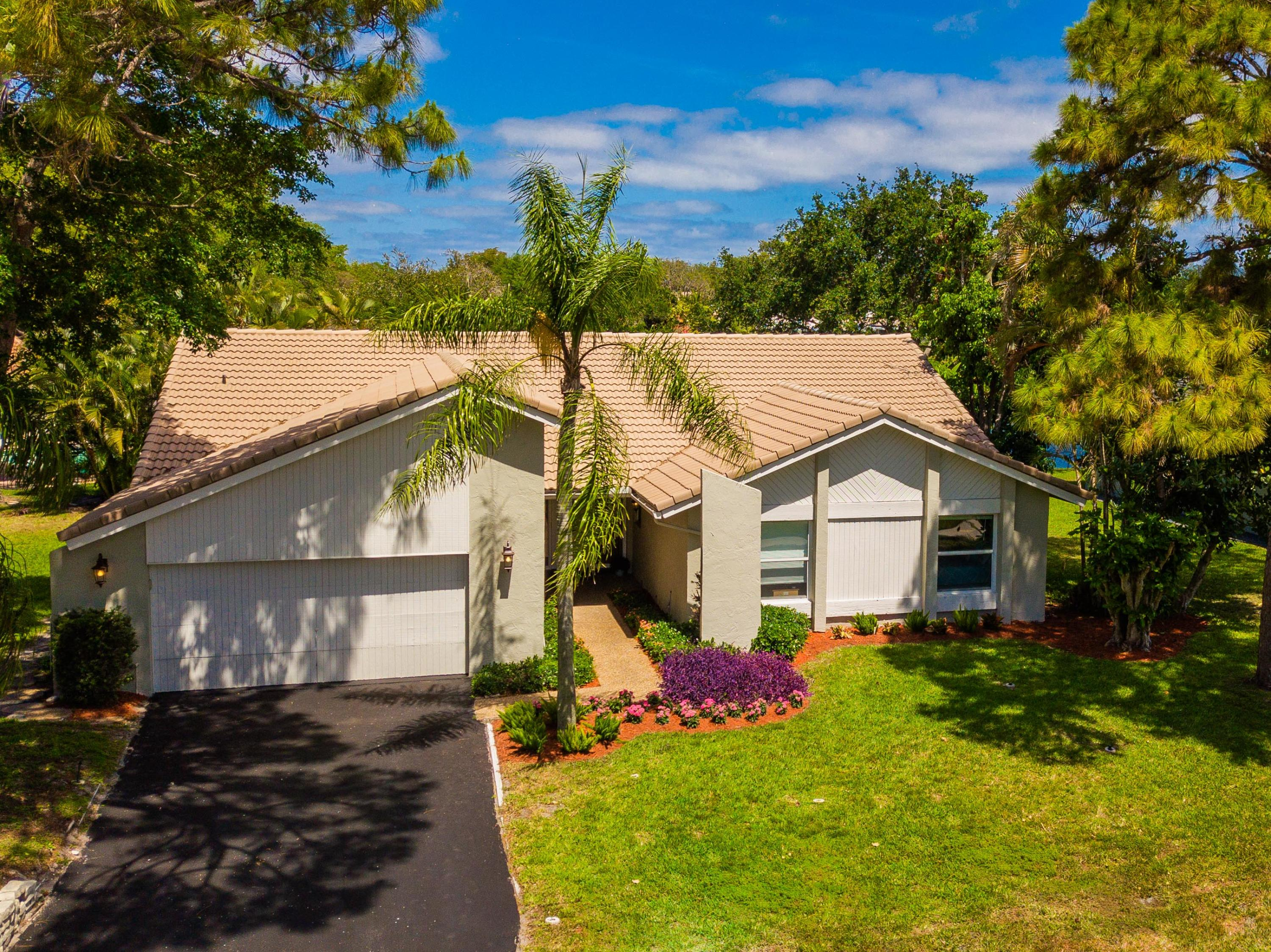 Photo of 2871 Timbercreek Circle NW, Boca Raton, FL 33431
