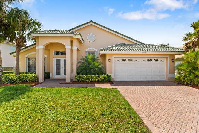 Wellington, Florida 33414, 4 Bedrooms Bedrooms, ,2 BathroomsBathrooms,Rental,For Rent,Corsica,RX-10613585