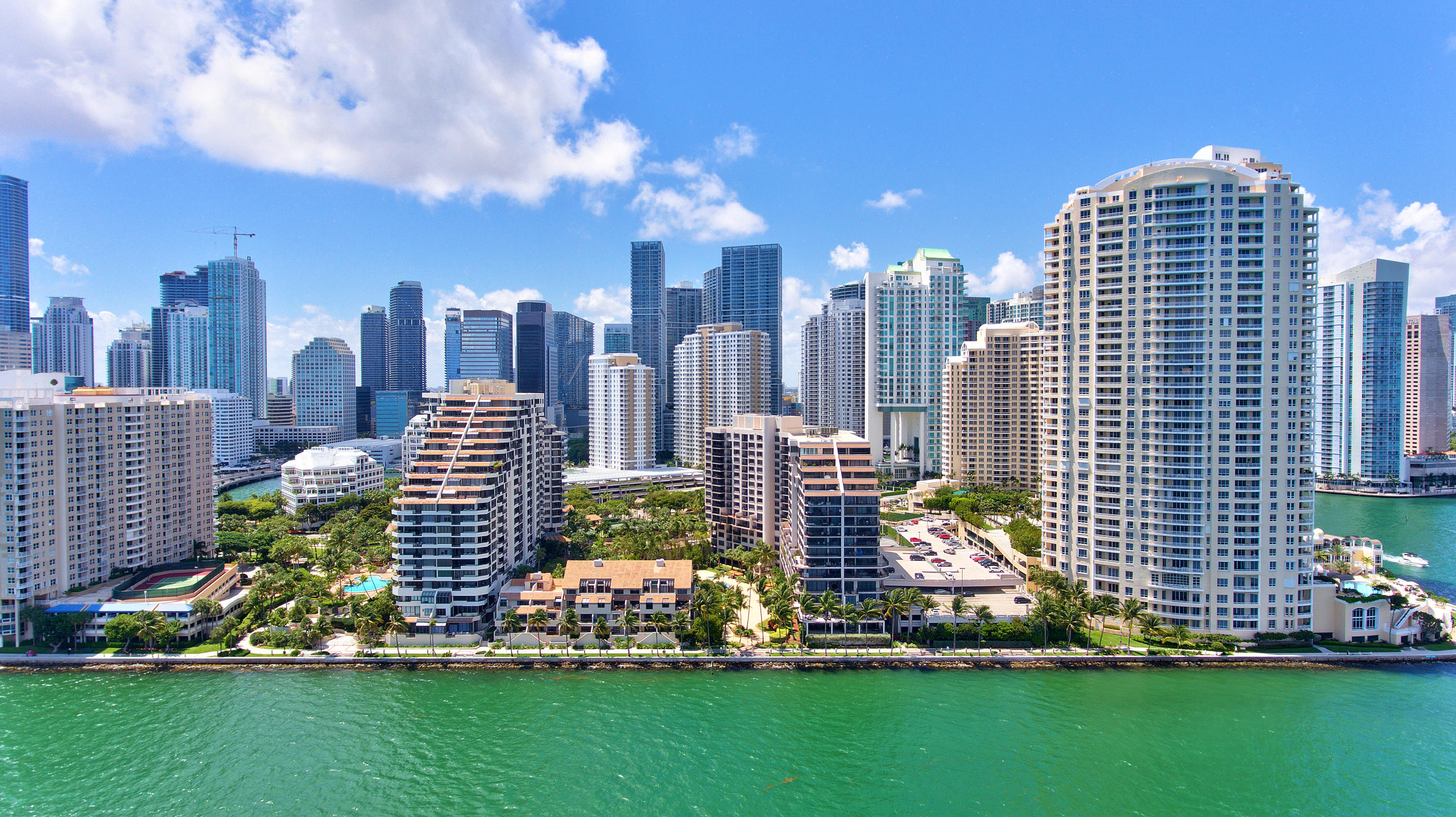 540 Brickell Key Drive #1622